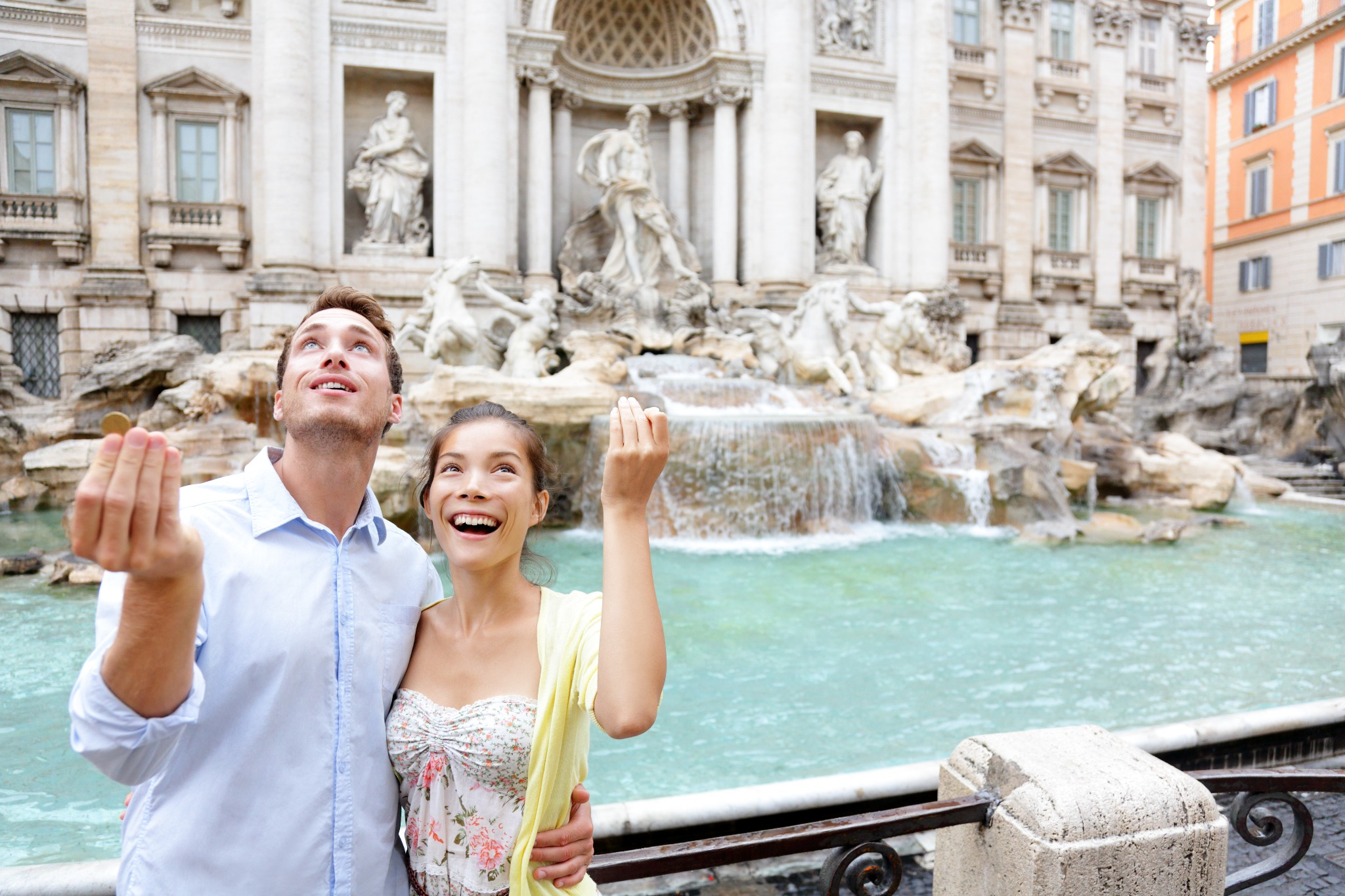 A Guide To The Trevi Fountain